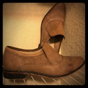 Free people light brown distressed loafers